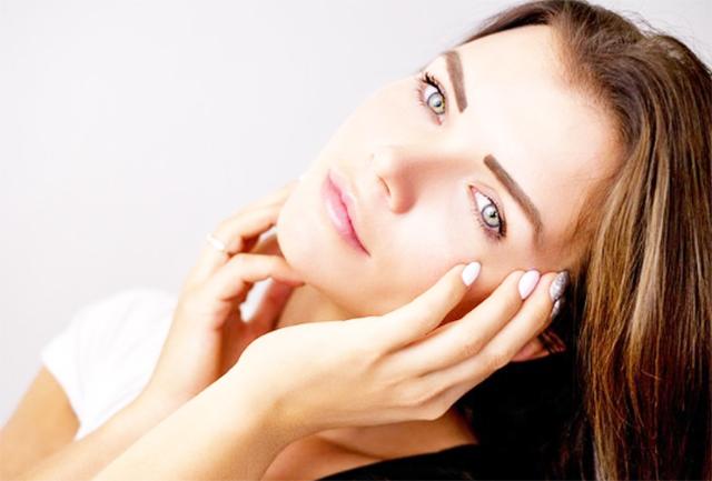 お肌が乾燥している場合は、まずはしっかりと保湿